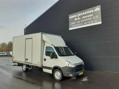 brugt Iveco Daily 35S13 ALUKASSE/LIFT 2,3 D 126HK Ladv./Chas. 2012