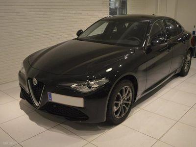 gebraucht Alfa Romeo Giulia 2,0 Turbo Edizione 200HK 8g Aut.