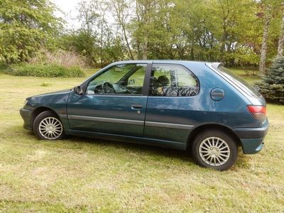 usado Peugeot 306 1,6 Style 90HK 3d