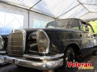 brugt Mercedes 220 b (W111/2)
