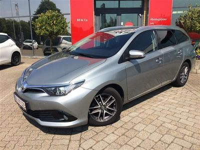 second-hand Toyota Auris Touring Sports 1,6 D-4D T2 Comfort 112HK Stc 6g