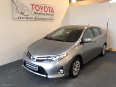 usado Toyota Auris 1,6 Valvematic T2+ 132HK 5d 6g