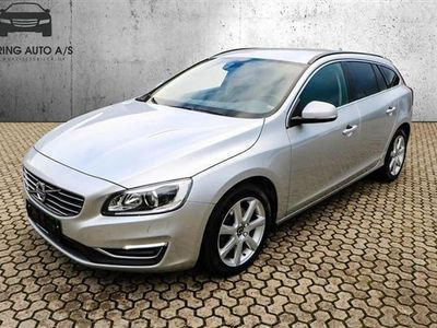brugt Volvo V60 2,0 D3 Momentum 150HK Stc 6g - Personbil - Sølvmetallic
