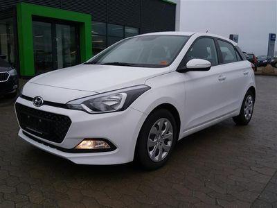 begagnad Hyundai i20 1,1 CRDi Trend ISG 75HK 5d 6g