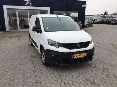 käytetty Peugeot Partner L1 V2 1,5 BlueHDi Ultimate 100HK Van