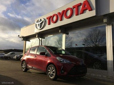 gebraucht Toyota Yaris Hybrid 1,5 B/EL Premium Safety Sense E-CVT 100HK 5d Trinl. Gear