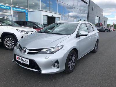 usata Toyota Auris 1,6 Valvematic T2 Premium Comfort 132HK 5d 6g