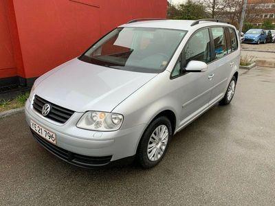 brugt VW Touran 2,0 TDi 140 Trendline DSG 7prs