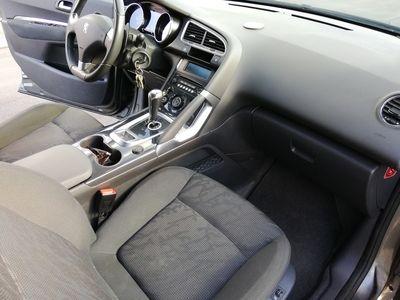 usata Peugeot 3008 1,6 e-HDi Crossover ESG