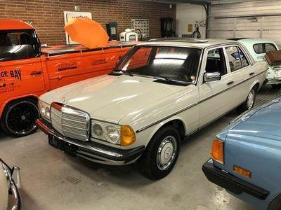brugt Mercedes 200 2,0 4-dørs