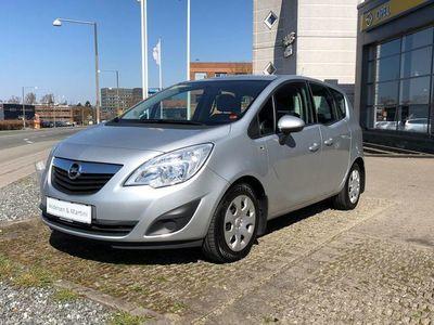 gebraucht Opel Meriva 1,4 Twinport Essentia 100HK
