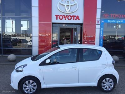 used Toyota Aygo 1,0 VVT-I X-Play Air 69HK 5d