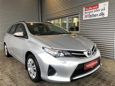 brugt Toyota Auris 1,6 Valvematic T1+ 132HK Stc 6g