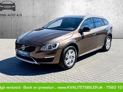 brugt Volvo V60 CC 2,0 D4 Momentum 190HK Stc 8g Aut. - Personbil - brunmetal