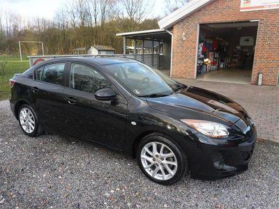 usata Mazda 3 1,6 Premium 105HK