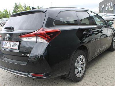 brugt Toyota Auris Touring Sports 1,2 T T2 Comfort Smart Safety Sense 116HK Stc 6g