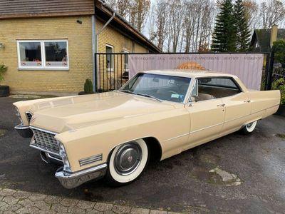 brugt Cadillac Deville Buttercup sedan