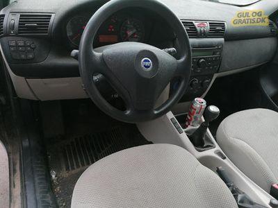 brugt Fiat Stilo 1 år til syn.