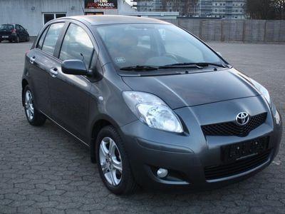 usata Toyota Yaris 1,4 D-4D T2