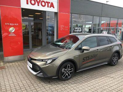 brugt Toyota Corolla Touring Sports 1,8 B/EL H3 TREK Smart E-CVT 122HK Stc Trinl. Gear