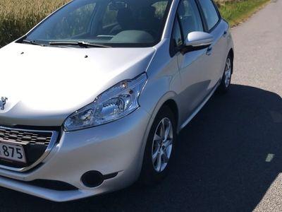 gebraucht Peugeot 208 1.2 82 HK Active