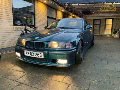 brugt BMW 320 i coupe E36