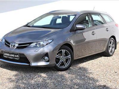 gebraucht Toyota Auris 1,6 Valvematic T2+ 132HK Stc 6g