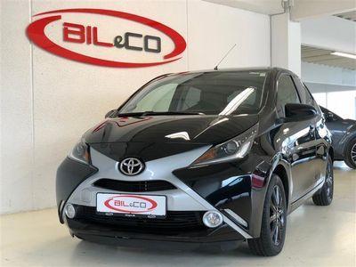 gebraucht Toyota Aygo 1,0 VVT-I X-Black 69HK 5d