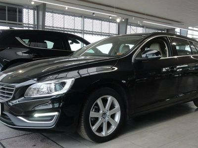 used Volvo V60 2,0 D3 150 Momentum aut.