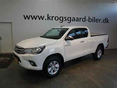 used Toyota HiLux Extra Cab 2,4 D-4D T3 4x4 150HK Pick-Up