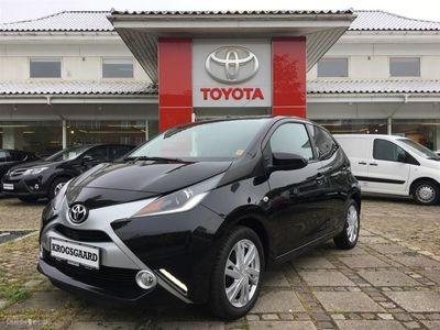käytetty Toyota Aygo 1,0 VVT-I X-Black 69HK 5d
