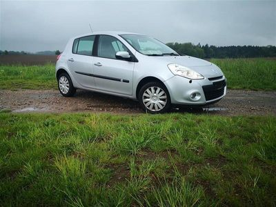 usata Renault Clio 1,2 16v 75 75HK 5d
