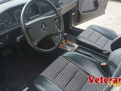 brugt Mercedes 190 2.3 16V