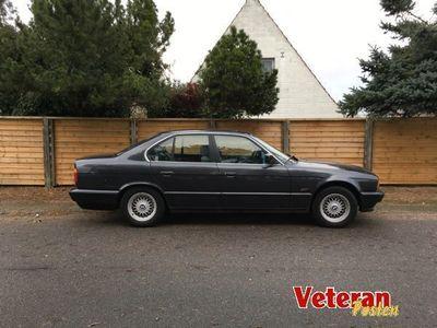 brugt BMW 525 i E34