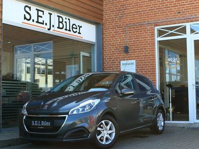 begagnad Peugeot 208 1,6 BlueHDi Envy Sky 100HK 5d
