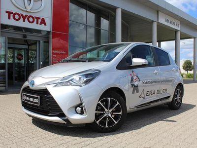 used Toyota Yaris 1,5 B/EL H3 Smartpakke E-CVT 100HK 5d Trinl. Gear