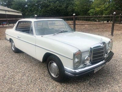 brugt Mercedes 250 CE 2,5