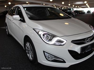 käytetty Hyundai i40 1,7 CRDi Comfort ISG 115HK 6g