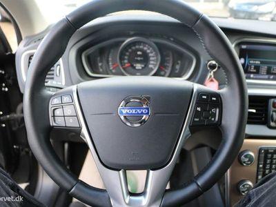 brugt Volvo V40 1,6 D2 Momentum 115HK Stc 6g