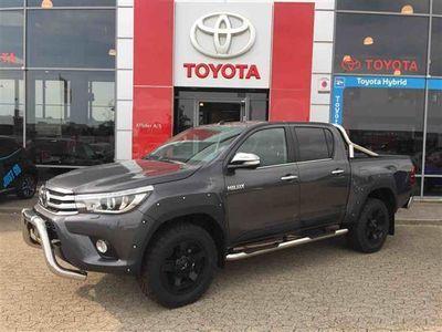 gebraucht Toyota HiLux 2,4 D-4D T4 4x4 150HK DobKab Aut.