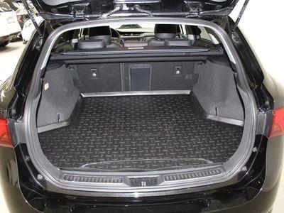 brugt Toyota Avensis VVT-i T2 Executive TS