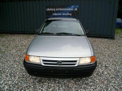 brugt Opel Astra 6i GL