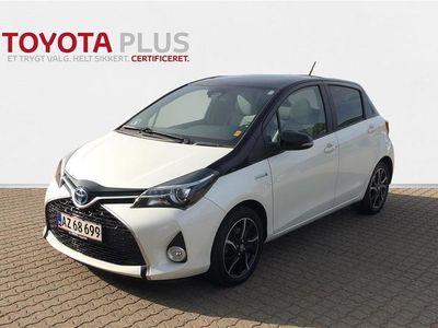 brugt Toyota Yaris 1,5 B/EL Pure E-CVT 100HK 5d Trinl. Gear