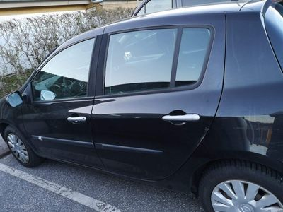usado Renault Clio 1,2 16V Pack 75HK 5d