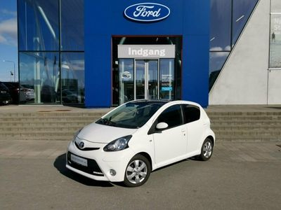 second-hand Toyota Aygo 1,0 VVT-i Black&White