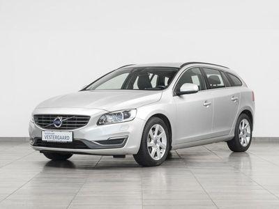 usado Volvo V60 2,4 D5 Momentum 215HK Stc 6g Aut.
