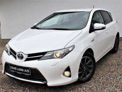 brugt Toyota Auris Hybrid 1,8 VVT-I Premium E-CVT 136HK 5d Aut. A++