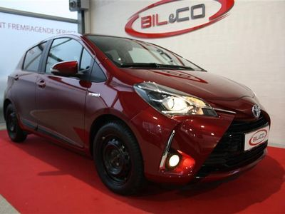 usado Toyota Yaris 1,5 B/EL H3 E-CVT 100HK 5d Trinl. Gear