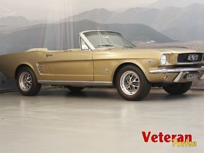 second-hand Ford Mustang 4,9 V8 Convertible