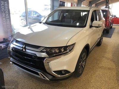 usado Mitsubishi Outlander 2,0 Instyle 4WD CVT 150HK 5d 6g Aut.